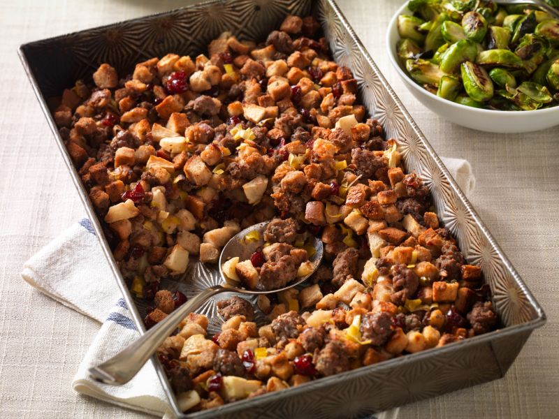 beef-sausage-stuffing-with-apples-cranberries