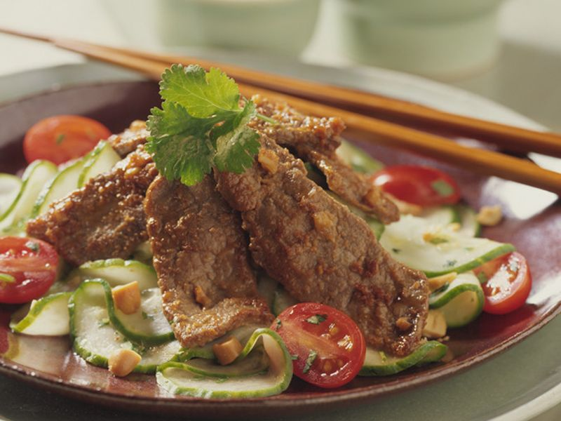 thai-beef-and-cucumber-salad-square